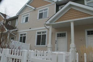 Stunning 3 Bedroom Double Attached Garage Home in Summerside