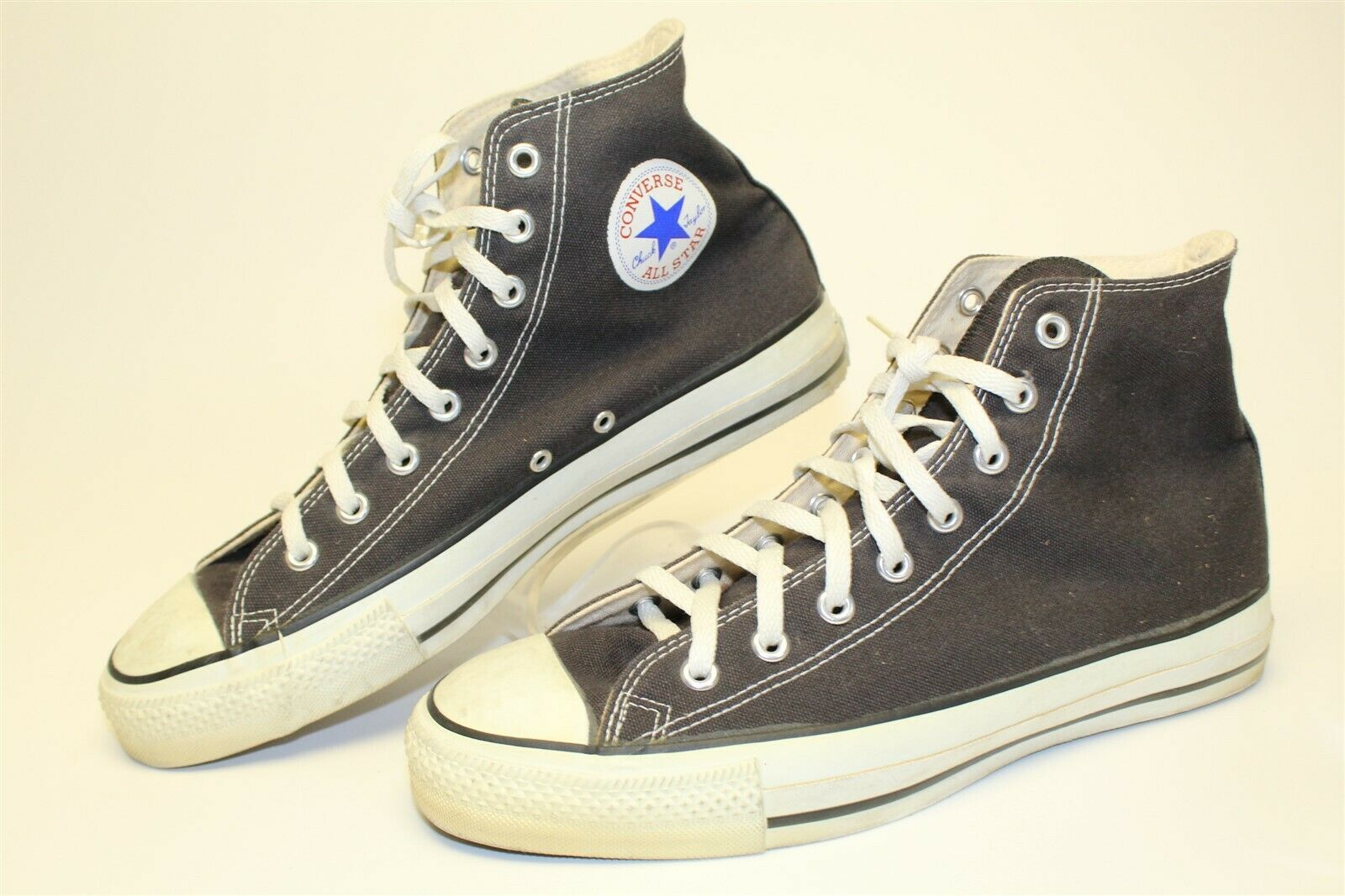 Converse All Star Mens 10.5 High Top Lace Up Vintage Sneakers Made in USA Rare