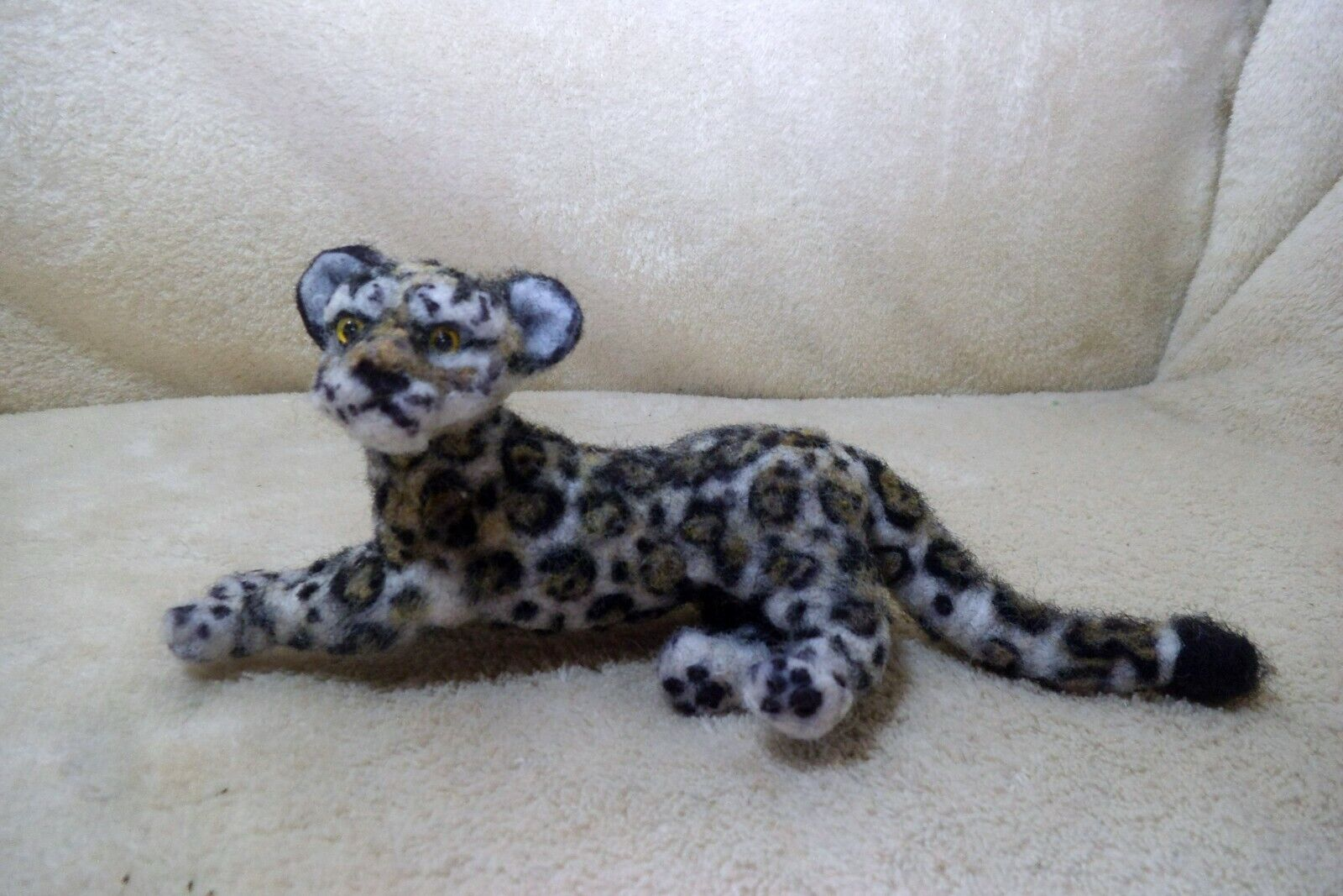 OOAK Needle Felted Artist Handcraft / Handmade Cat Snow Leopard Wildlife - $34.00