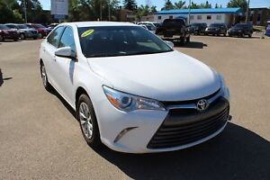 2017 Toyota Camry LE KEYLESS START! BLUETOOTH! STEERING WHEEL...