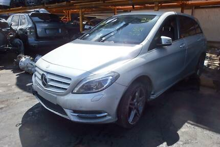 Mercedes W246 B200CDI Turbo Diesel Engine Door Mirror Airbag Part Revesby Bankstown Area Preview