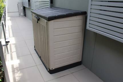 Keter Store It Out Max Shed / Outdoor Storage