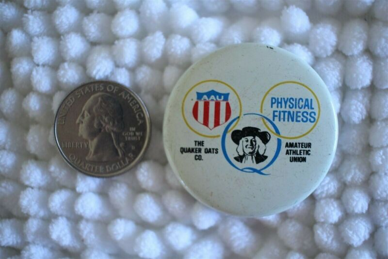 Quaker Oats AAU Physical Fitness Amateur Athletic Union Pin Pinback Button 24095