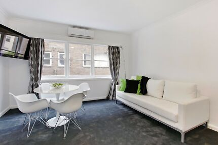 FULLY FURNISHED 1 BED APT. $650 p/w ALL BILLS INC