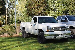 2004.5 Chevy 2500 duramax BUILTUP  Stratford Kitchener Area image 1