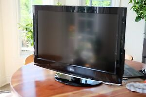 TV LCD FULL HD 32""