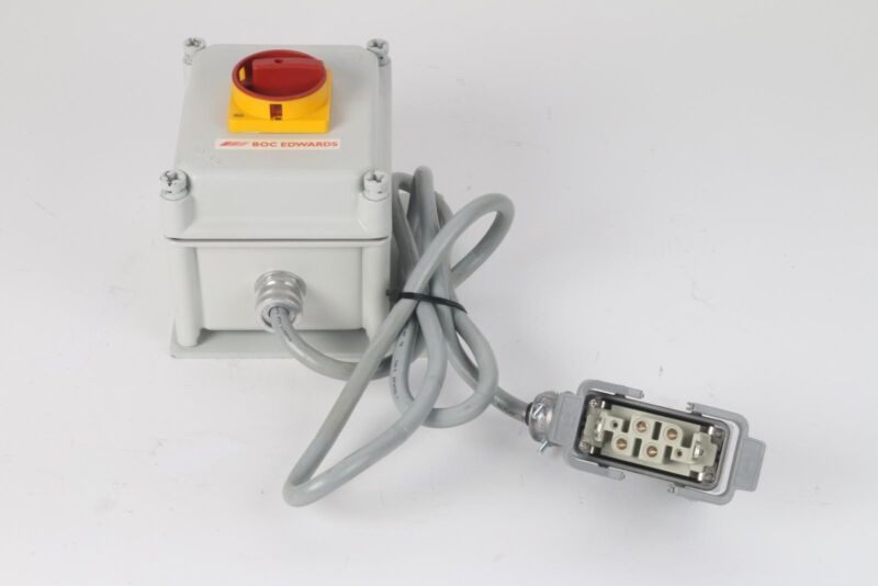Edwards iQDP Power Disconnect Switch