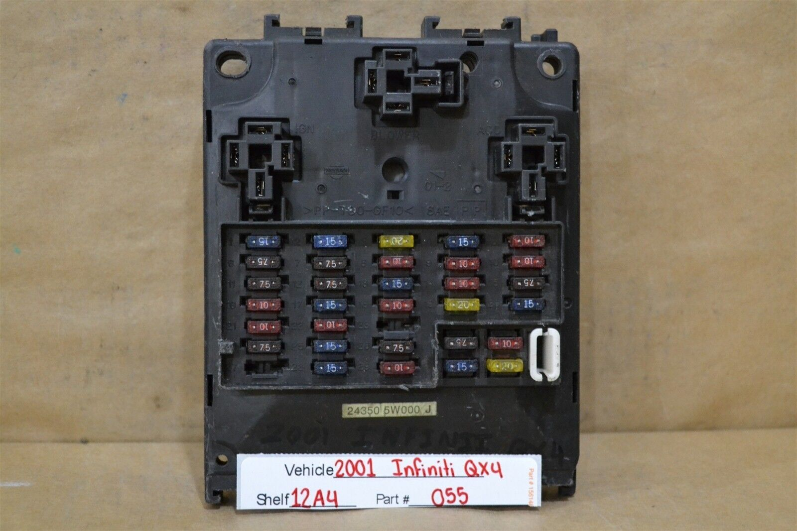 2001-2003 INFINITI QX4 Under Dash Fuse Box Relay Unit 243505W000J Module  1955 12A4