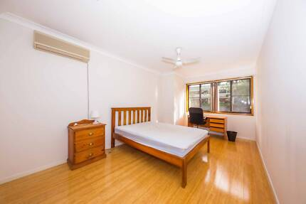 beautiful room 264 paces away sunnybank hills shopping town