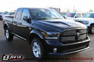 2015 RAM 1500 Sport Leather! Heated & cooled seats!