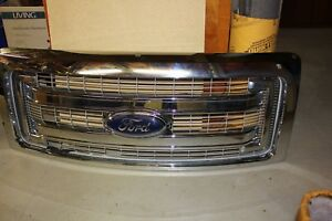 Ford F-150 Chrome Grill