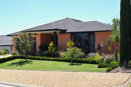 An Entertainers Paradise. McCracken Victor Harbor Area Preview