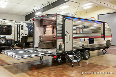 New 2018 19RR Fixed Lite Lightweight Toy Hauler Travel Trailer Camper For Sale