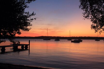 Wanted: WANTED TO RENT WATERFRONT PROPERTY LAKE MACQUARIE