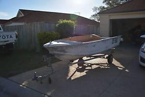 3,5mtr De havilland  seabird, with trailer #quintrex #stacer boat Bracken Ridge Brisbane North East Preview