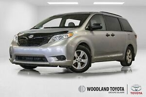 2015 Toyota Sienna V6 / 7 Passagers / Caméra / Mags / Bluetooth