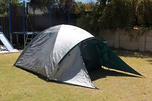 4 person dome tent Heathridge Joondalup Area Preview