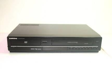 SAMSUNG DVD-V6700 DVD VHS DIVX Combo Recorder Player
