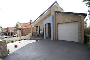 One double room in luxurious modern house to rent Bexley Rockdale Area Preview