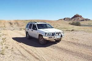 4WD Jeep Grand Cherokee-WA rego-ideal for backpackers/travelers Perth Perth City Area Preview