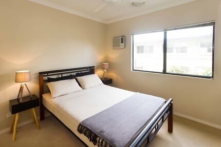 Double Room in a clean and quiet apartment, close to city