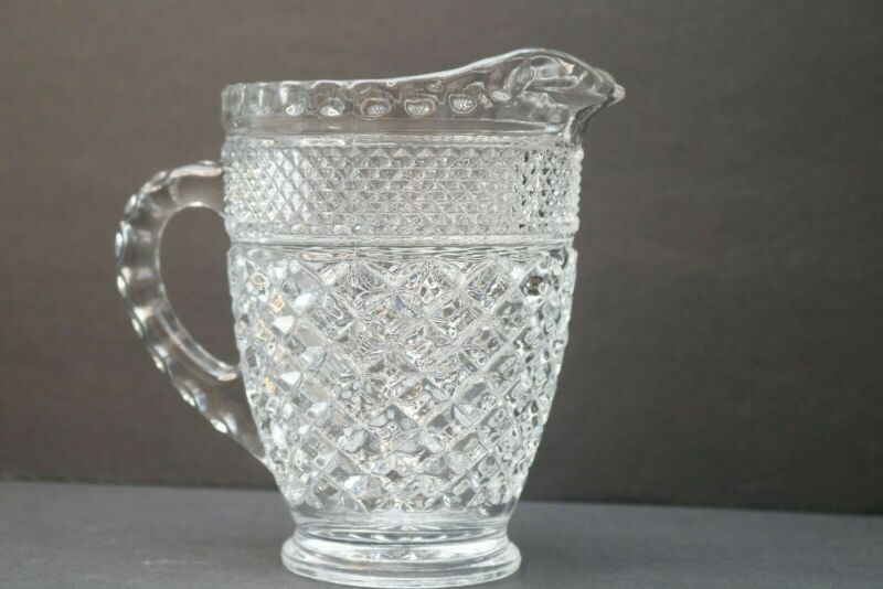 ANCHOR HOCKING WEXFORD GLASS DIAMOND CUT CLEAR CRYSTAL PITCHER VINTAGE