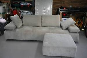 3 Seater King's Strata plus ottoman Ferntree Gully Knox Area Preview