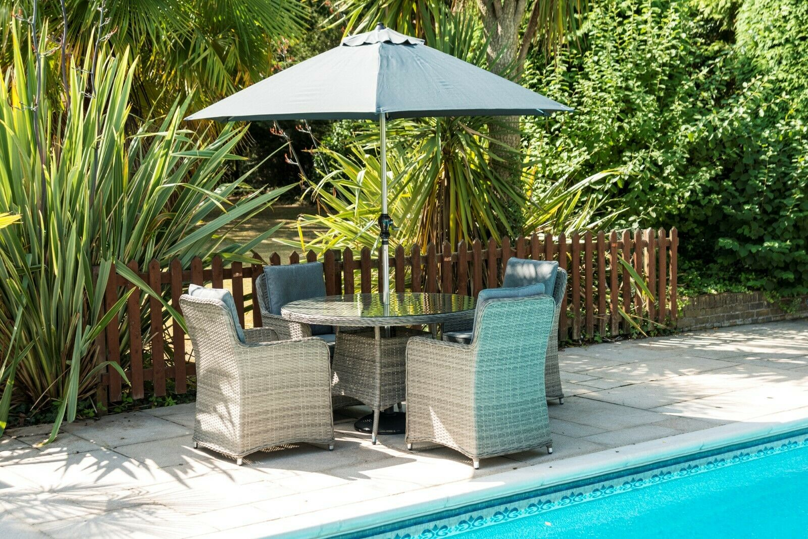 Garden Furniture - Garden Furniture - 4 seat round set