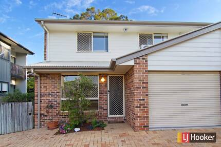 Inner-city Oasis and Lifestyle! - 3/6 Garden Tce