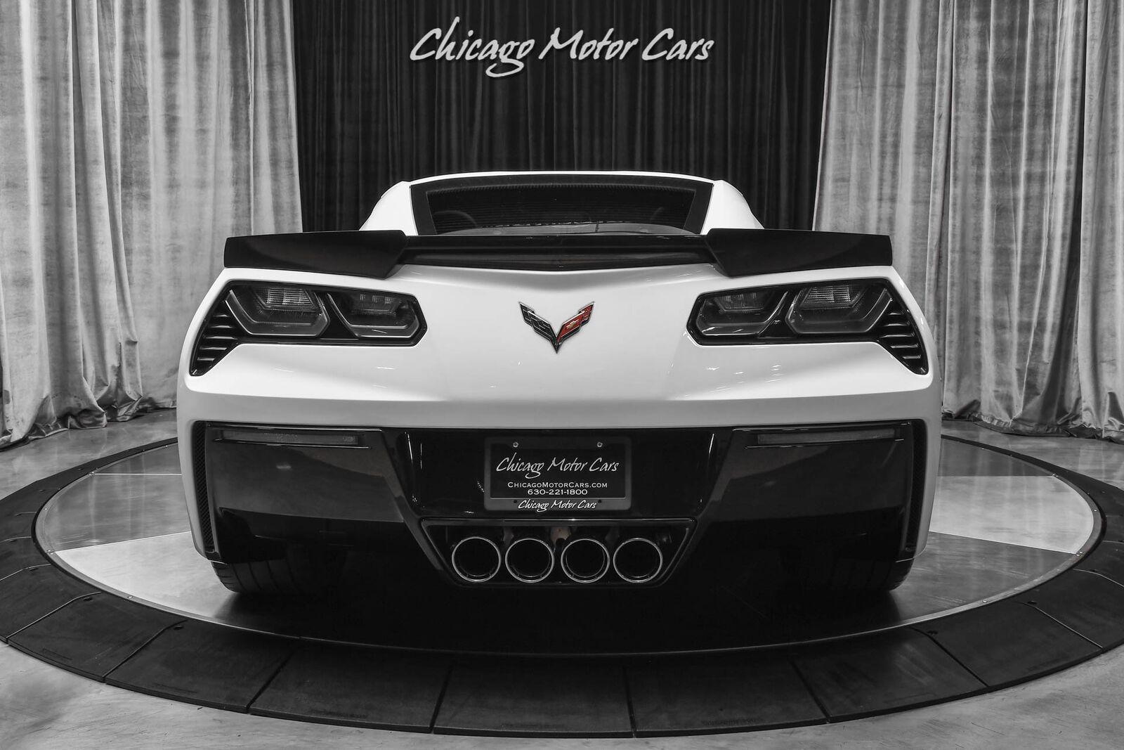2016 White Chevrolet Corvette Stingray    C7 Corvette Photo 4