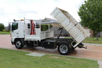 Hino Crane Tipper Truck
