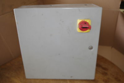 Hoffman Type 1 Enclosure W Stoprun Switch Transformer Timers And Fuses