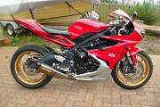 """TRIUMPH DAYTONA 675 ABS  AS NEW .ONE OFF """" PURE MOTORCYCLE ART """" Flagstaff Hill Morphett Vale Area Preview"""