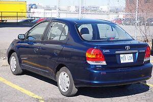 Toyota Echo 2005 103300km en très bonne état