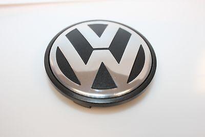 Original VW Radzeirkappe Touareg T5 Nabenkappe Nabendeckel 70mm gebraucht kaufen  Deggendorf