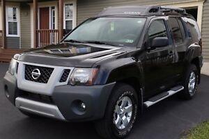 2010 Nissan Xterra  4 wheel drive, 4 door