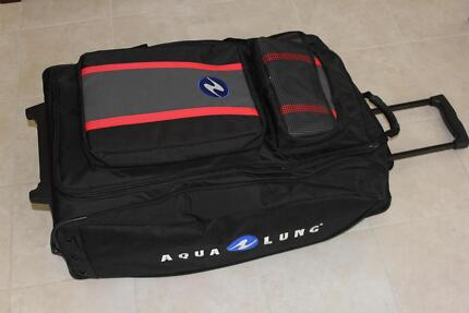 Aqua Lung Redline 1600 Roller Bag Wattle Grove Liverpool Area Preview