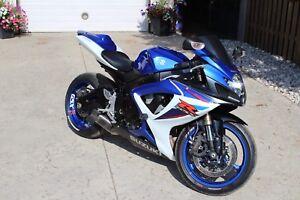 2007 Suzuki GSX-R 600 Mint low miles 12,930km