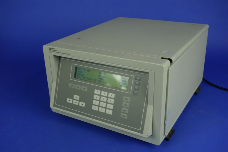 Applied Biosystems / Perkin Elmer 785A Programmable Absorbance Detector +Manual
