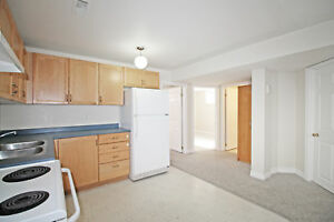 Bright Two Bedroom Lower Apartment - Desirable Area, Barrie (P6)