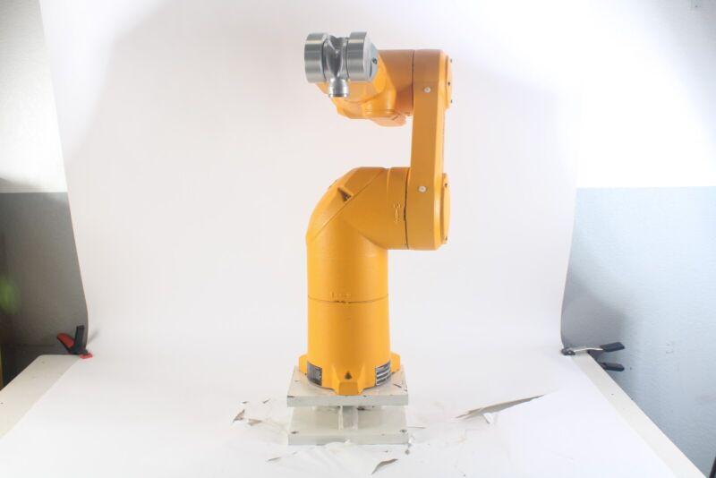 Staubli TX60 Industrial Robot Mass 51.4 F07/558AA1/a/01
