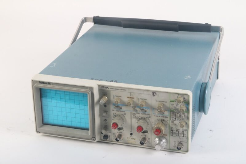 Tektronix 2215A 60MHz Analog Oscilloscope 2 Channel Measure Voltage / Current