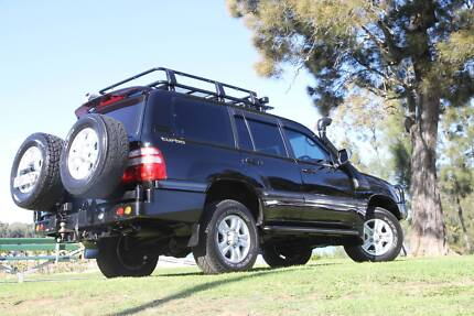 TOYOTA LANDCRUISER DUAL WHEEL CARRIER 100/105 FITTED Campbellfield Hume Area Preview
