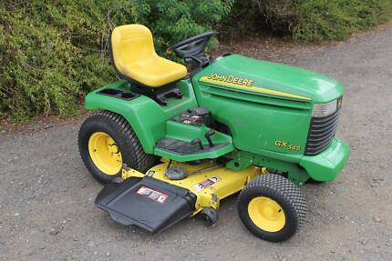 Deere GX345 48in ,commercial ride on lawn mower ,power steering