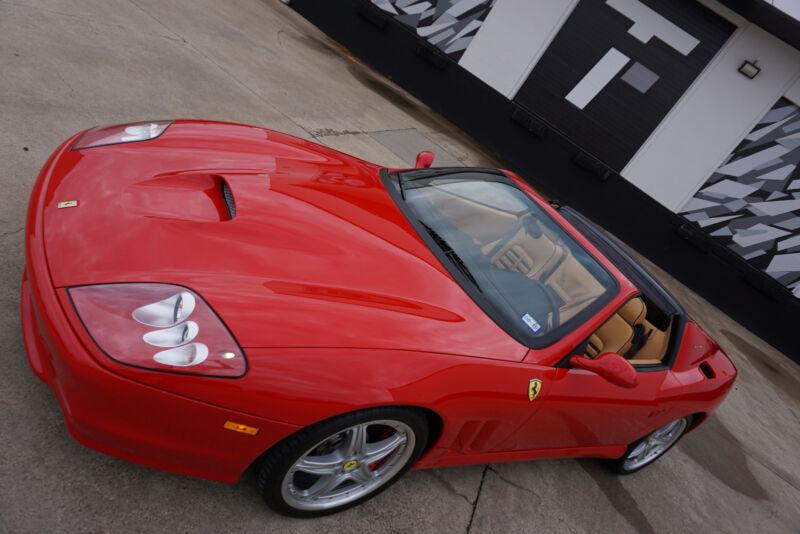 Image 6 Voiture Européenne d'occasion Ferrari Superamerica 2005