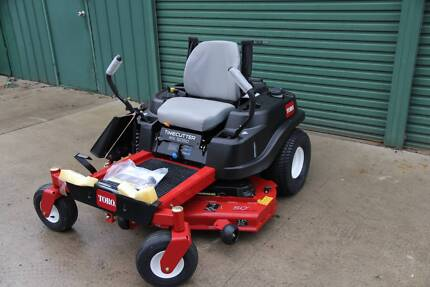 New Toro MX5050 50in Fab deck zero turn mower , bonus Brushcutter