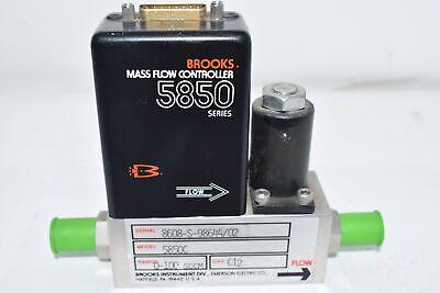 Brooks Automation 5850-c Mass Flow Controller 0-100 Sccm Ci2 Gas