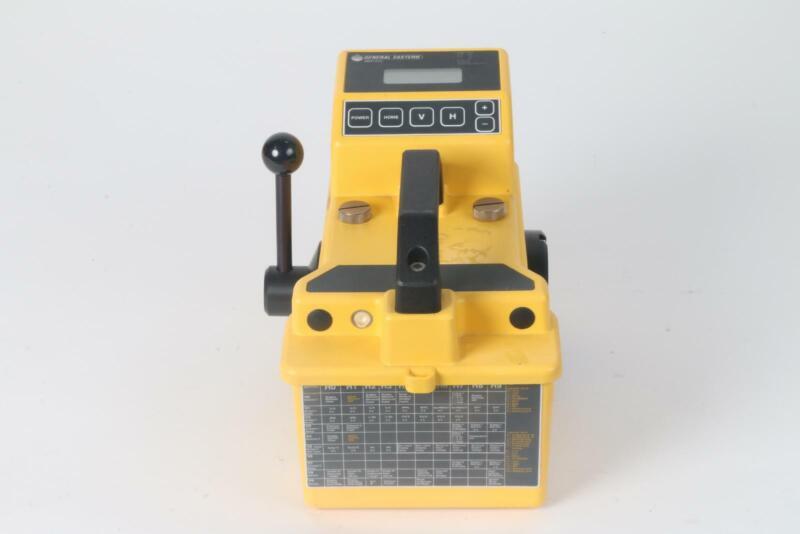 General Eastern MMY245 DewPro Portable Moisture Analyzer
