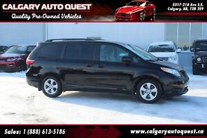 2017 Toyota Sienna BACK UP CAMERA / 7 PASSENGER / MUST SEE