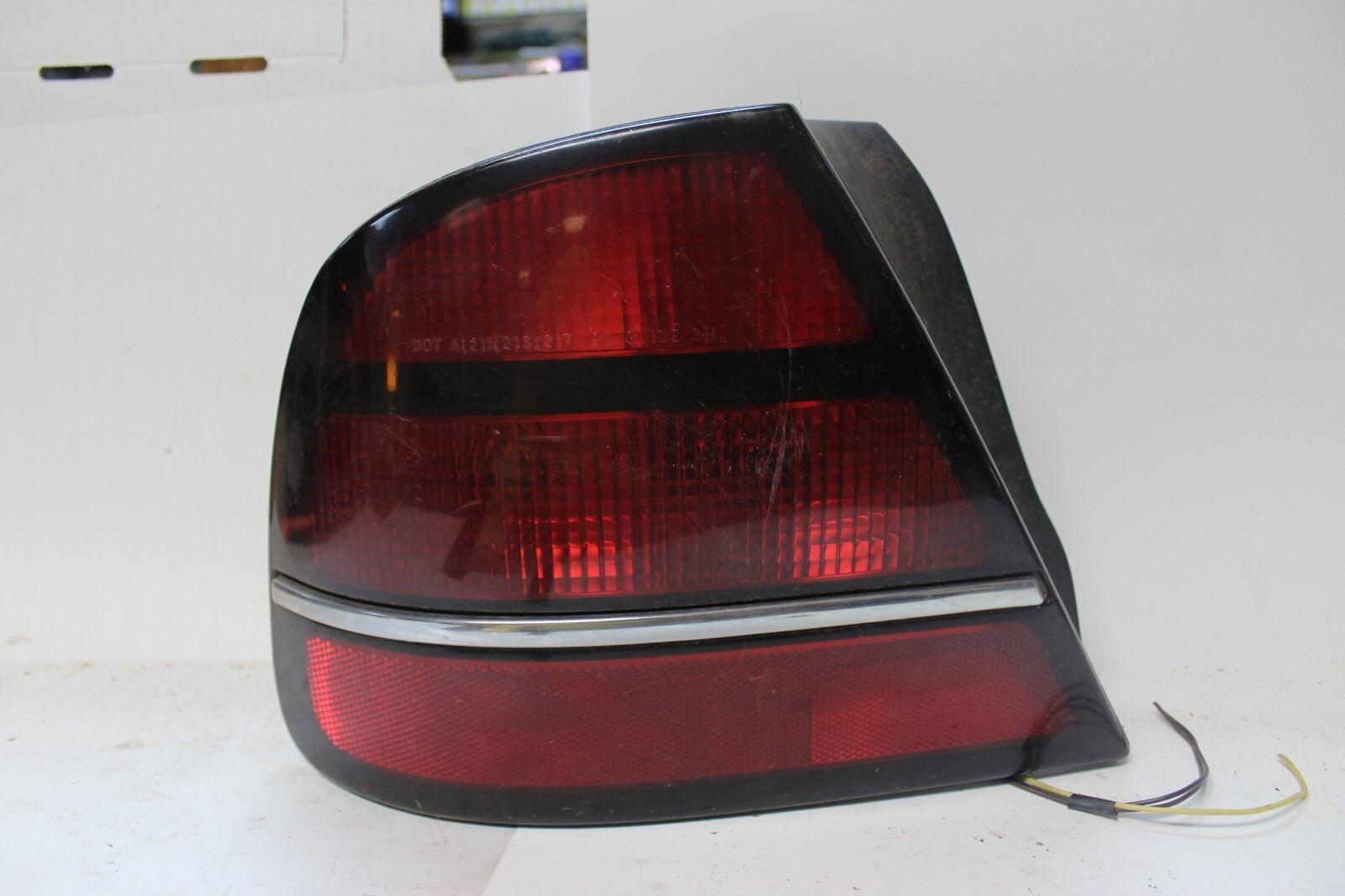 Original OEM GM Tail Light Assembly LH 16515671 1992-95 Oldsmobile 98  (SVM6)
